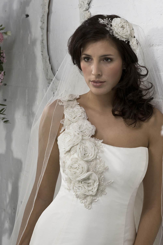 Wedding Veils Newcastle upon Tyne - Leigh Hetherington Bridal Wear